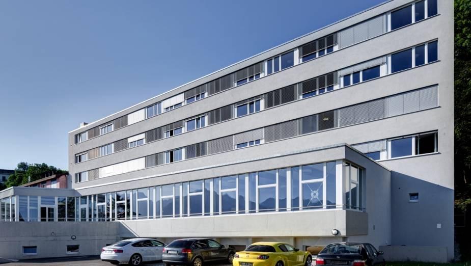 facilities and managing hotel